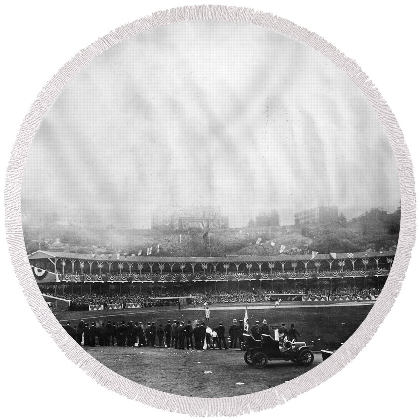 1906 Round Beach Towel featuring the photograph New York: Polo Grounds by Granger