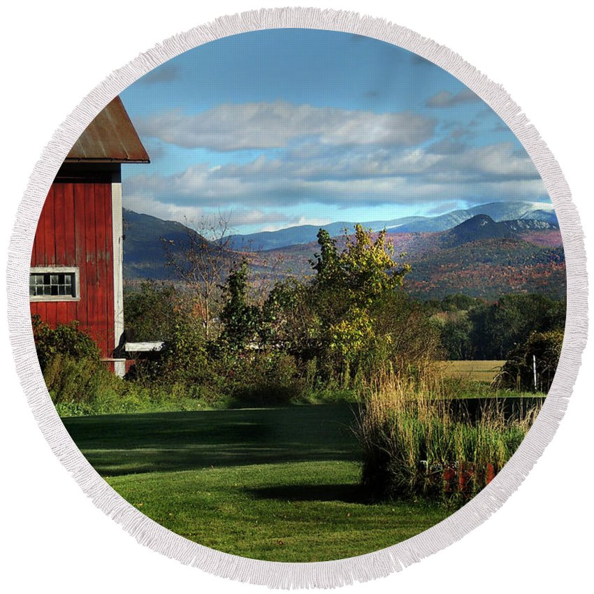 Barn Round Beach Towel featuring the photograph Red Barn In Newbury Vermont by Nancy Griswold