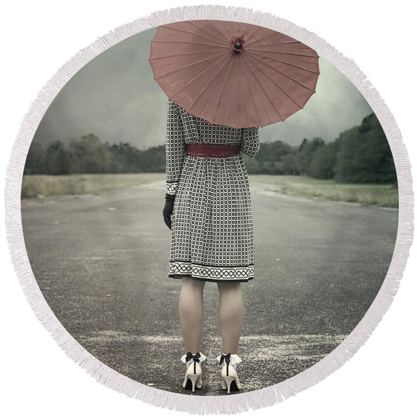 Woman Round Beach Towel featuring the photograph Red Umbrella by Joana Kruse