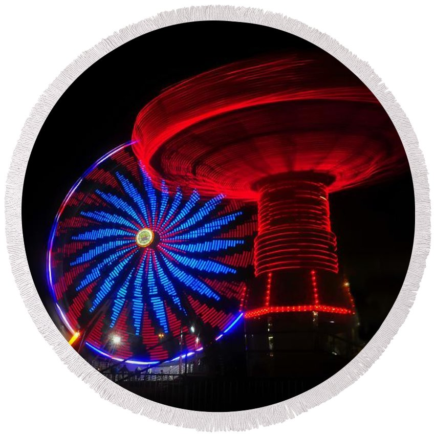Florida State Fair Round Beach Towel featuring the photograph Red Wheels by David Lee Thompson