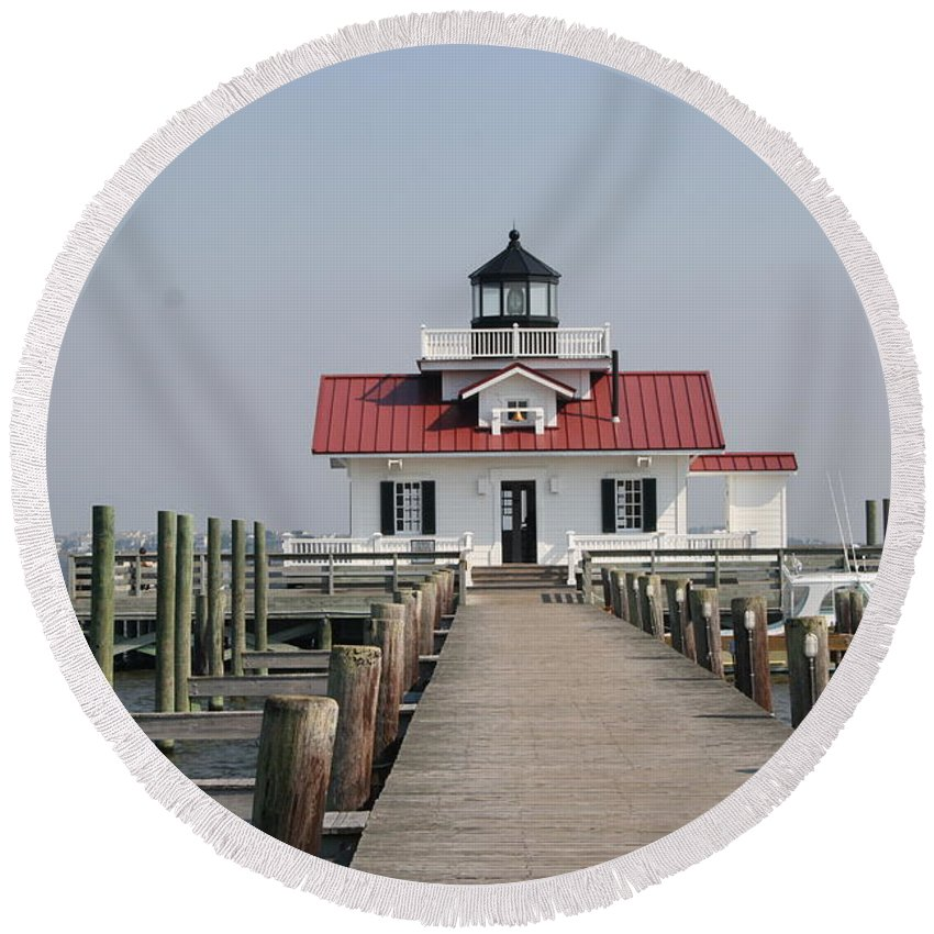 Lighthouse Round Beach Towel featuring the photograph Roanoke Marshes Lighthouse by Christiane Schulze Art And Photography