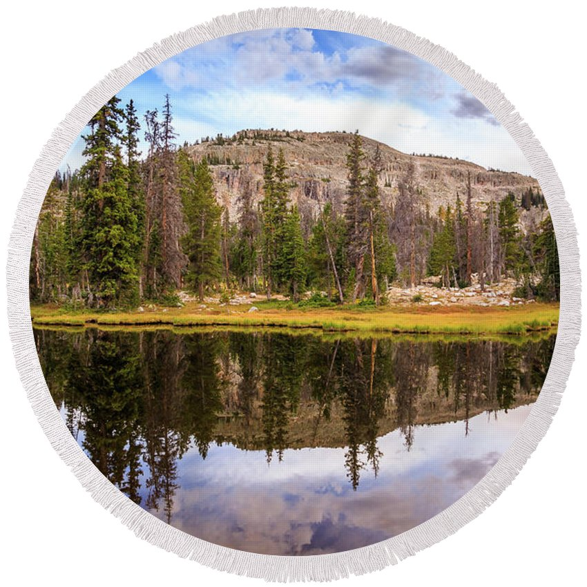 Trailsxposed Round Beach Towel featuring the photograph Ruth Lake Trail by Gina Herbert
