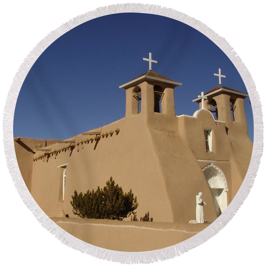 Church Round Beach Towel featuring the photograph San Francisco De Asis Mission Church by Carol Milisen