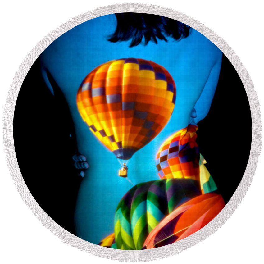 Hot Air Balloon Round Beach Towel featuring the photograph Soarin Beauty by Greg Fortier