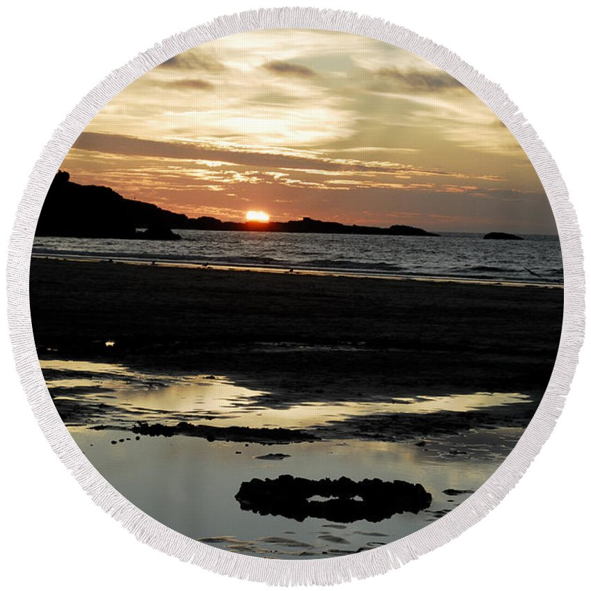 Fine Art- Sunset Round Beach Towel featuring the photograph Sunset 2 by Jenny Potter