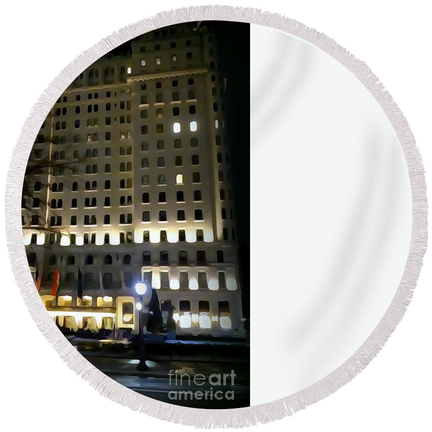 Digital Art Round Beach Towel featuring the photograph The Plaza Hotel by Ed Weidman