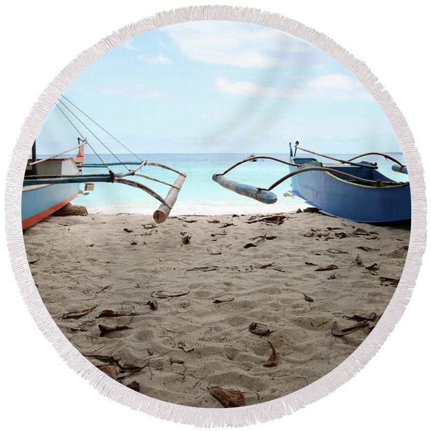 Mati Round Beach Towel featuring the photograph The Pond by Jez C Self