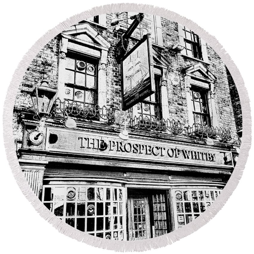 Prospect Of Whitby Pub Round Beach Towel featuring the photograph The Prospect Of Whitby Pub London Art by David Pyatt