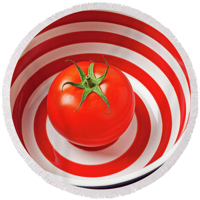 Tomato Round Beach Towel featuring the photograph Tomato In Red And White Bowl by Garry Gay