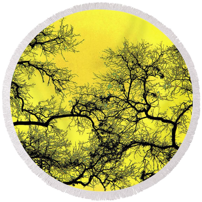 Digital Art Round Beach Towel featuring the photograph Tree Fantasy 18 by Lee Santa