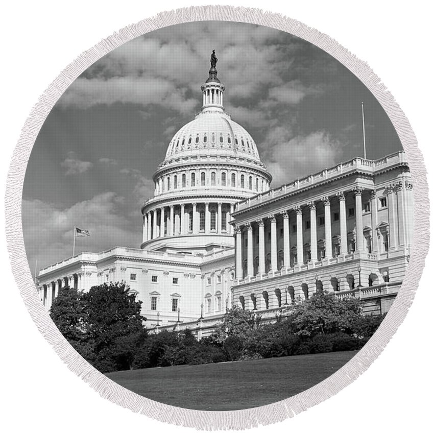 Congress Round Beach Towel featuring the photograph Us Capitol Washington Dc by Kimberly Blom-Roemer