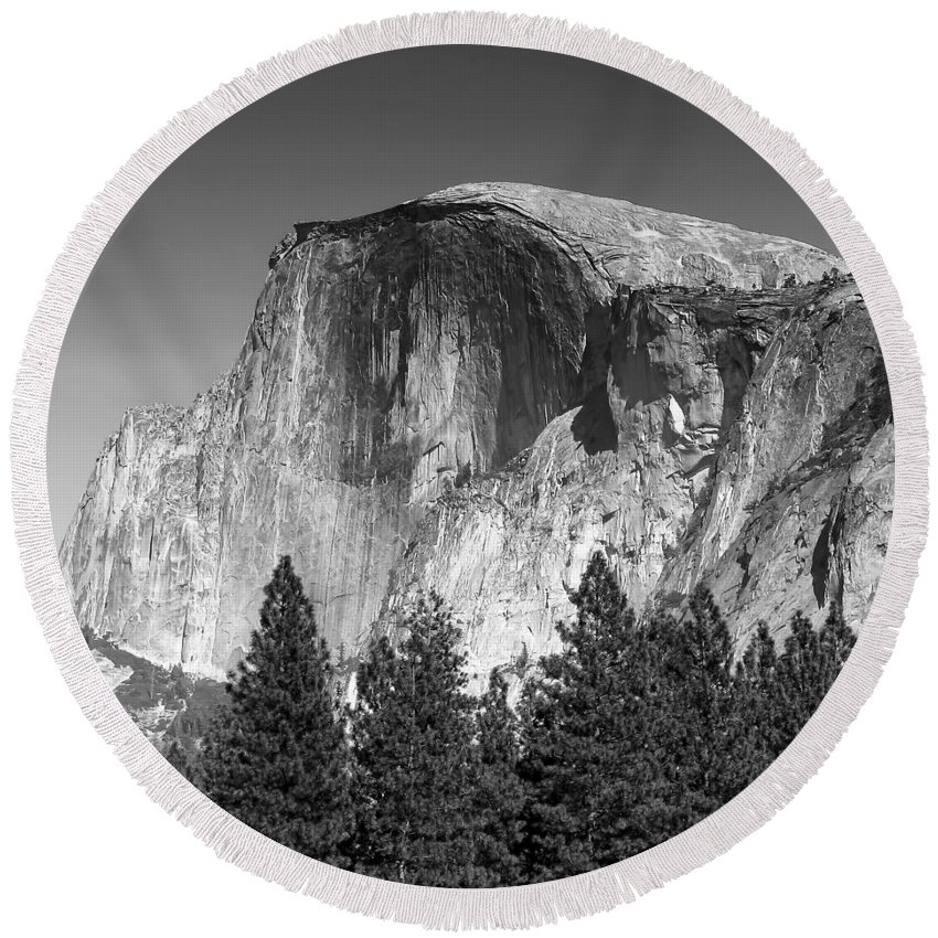 Fall Round Beach Towel featuring the photograph Yosemite 2 by Ingrid Smith-Johnsen