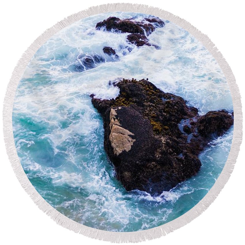 Ripples Round Beach Towel featuring the photograph Sea by FL collection