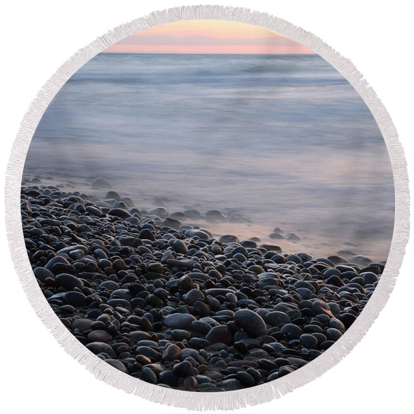 National Park Round Beach Towel featuring the photograph Lake Superior by Ted Kinsman