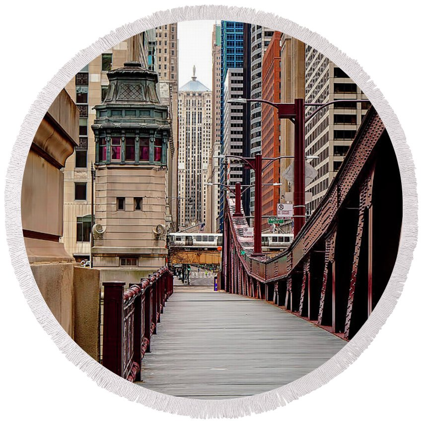 Lasalle Round Beach Towel featuring the photograph 1321 Lasalle Walkway by Steve Sturgill