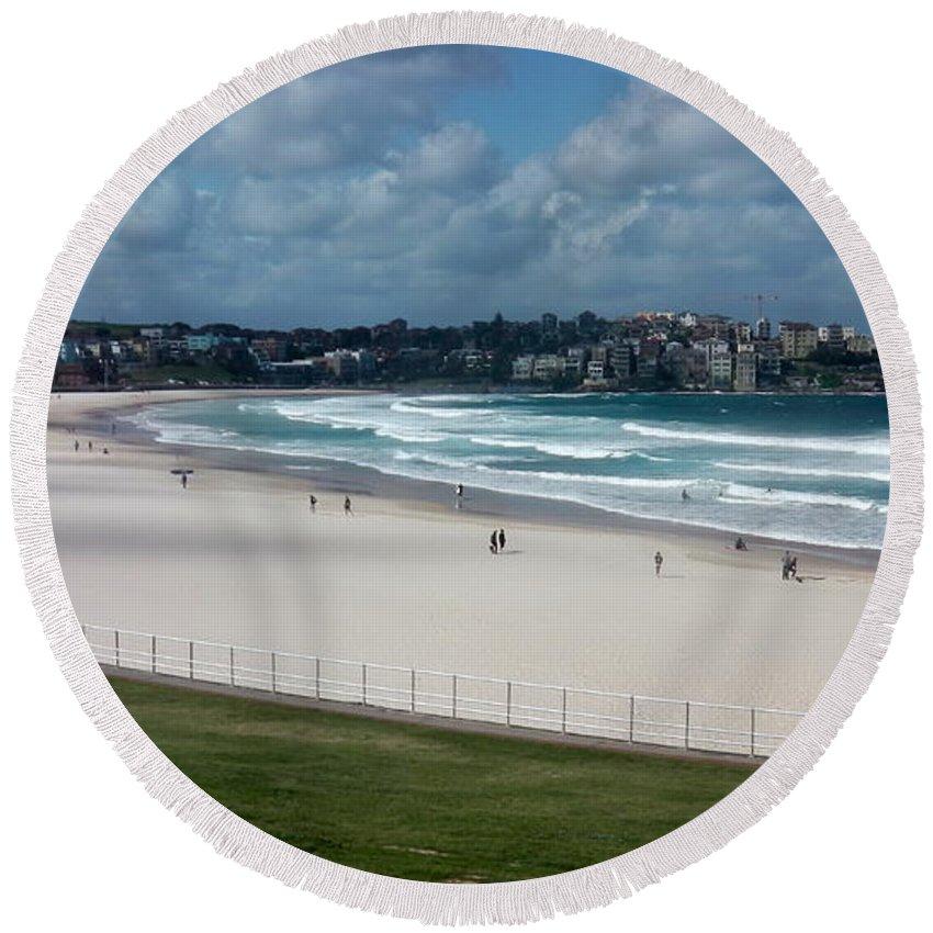 Australia Beach Life Round Beach Towel featuring the photograph Australia - Bondi Beach by Jeffrey Shaw
