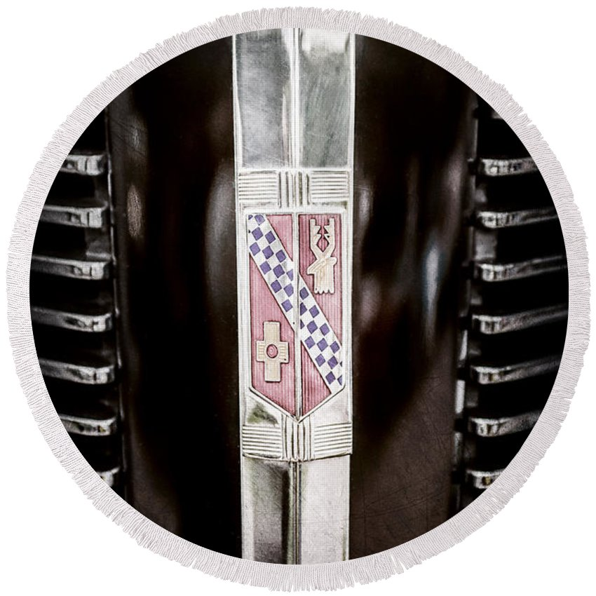1937 Buick Model 91f Formal Sedan Grille Emblem Round Beach Towel featuring the photograph 1937 Buick Model 91f Formal Sedan Grille Emblem -0783ac by Jill Reger