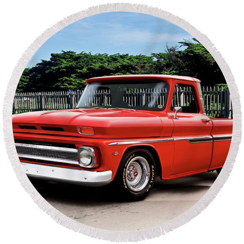 Automobile Round Beach Towel featuring the photograph 1965 Chevrolet 3100 Pickup I by Dave Koontz