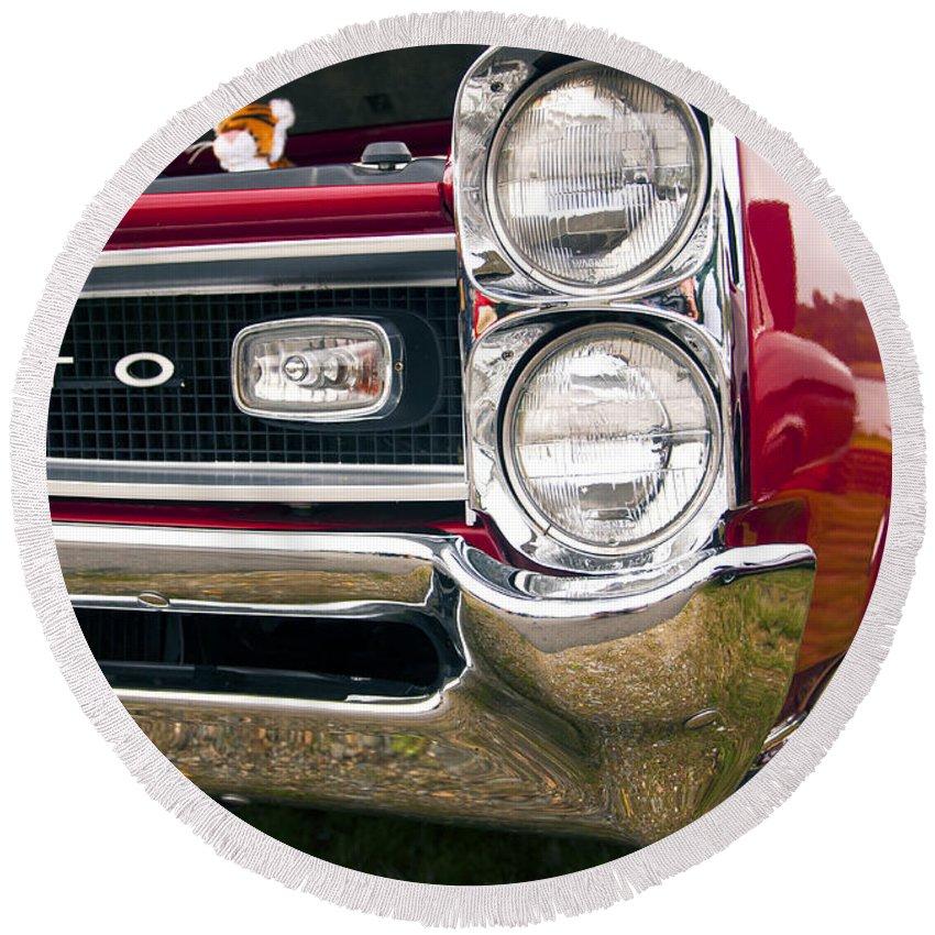 1966 Pontiac Gto Round Beach Towel featuring the photograph 1966 Pontiac Gto Grill by Glenn Gordon