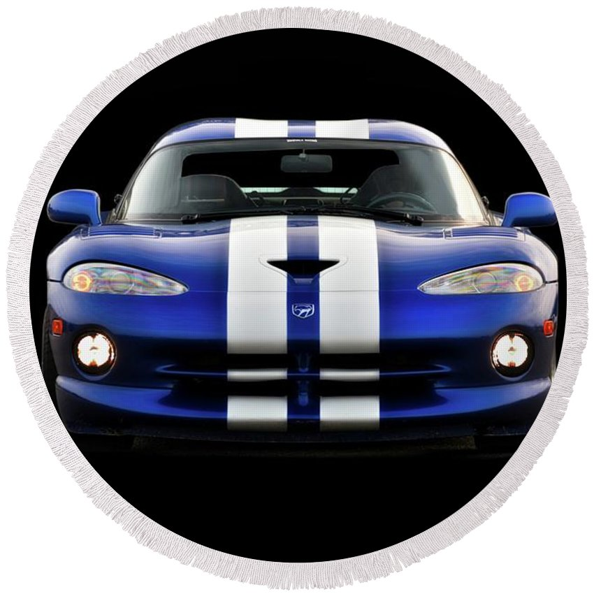 Auto Round Beach Towel featuring the photograph 1995 Dodge Viper Coupe II by Dave Koontz