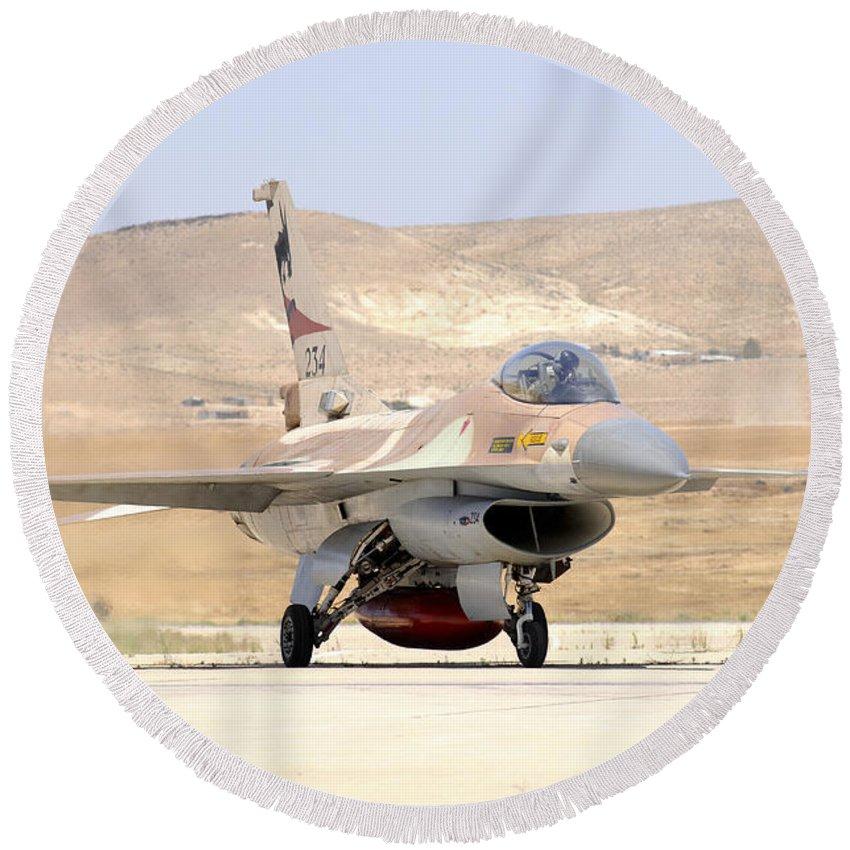 Vertical Round Beach Towel featuring the photograph An Israeli Air Force F-16a Netz Taxiing by Riccardo Niccoli