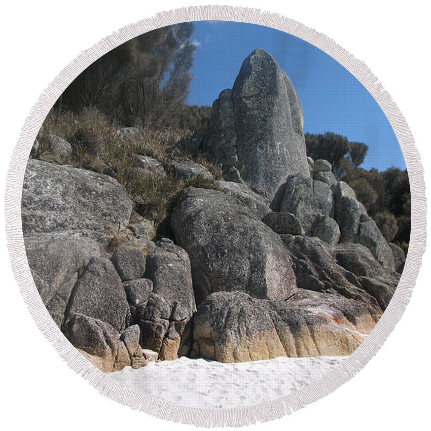 Bay Round Beach Towel featuring the photograph Bay Of Fires. Tasmania by Alexey Dubrovin