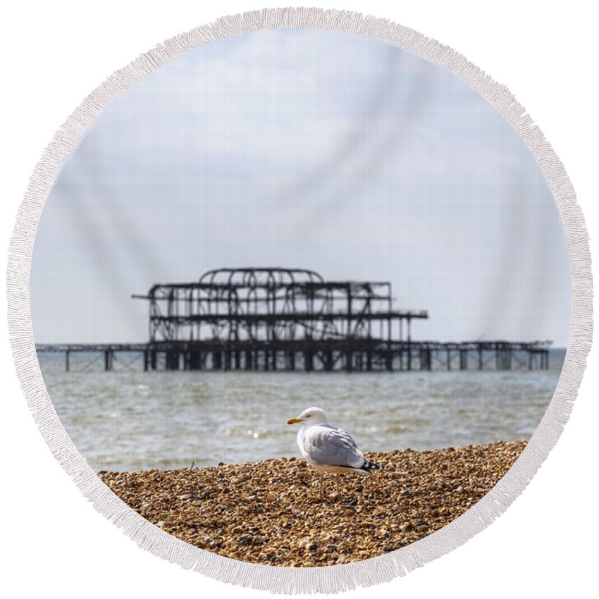 West Pier Round Beach Towel featuring the photograph Brighton by Joana Kruse