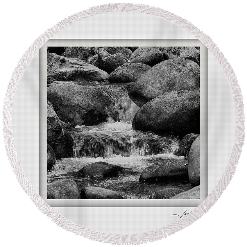 Columbia Gorge Round Beach Towel featuring the photograph Columbia Gorge 2 by Ingrid Smith-Johnsen