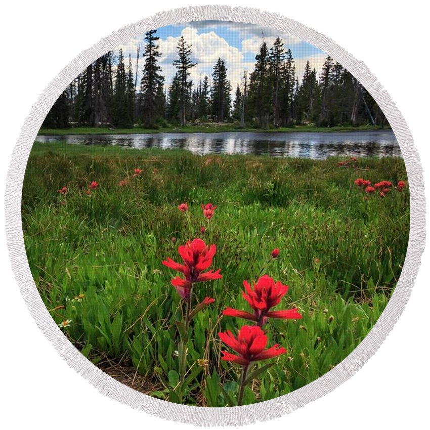 Trailsxposed Round Beach Towel featuring the photograph Ibantik Lake Trail by Gina Herbert