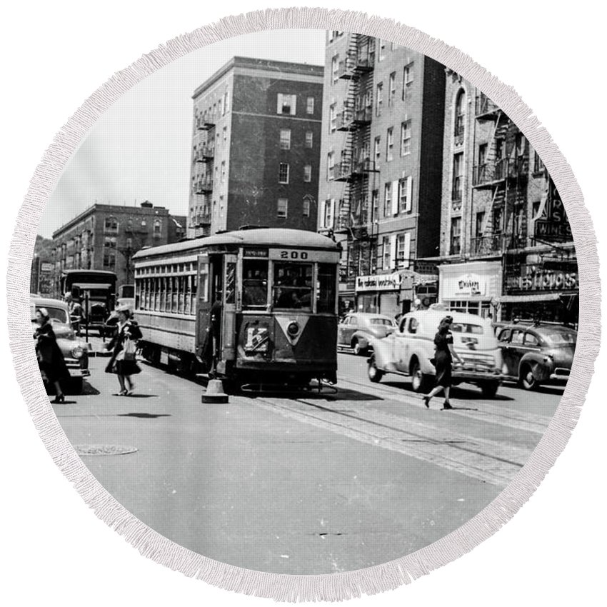 Trolley Round Beach Towel featuring the photograph Inwood Trolley by Cole Thompson