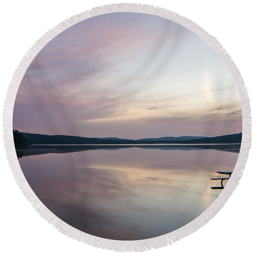 Sunrise Round Beach Towel featuring the photograph Lake Of Two Rivers Sunrise by Richard Kitchen