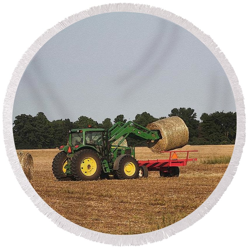 Farm Round Beach Towel featuring the painting Loading Hay by J McCombie