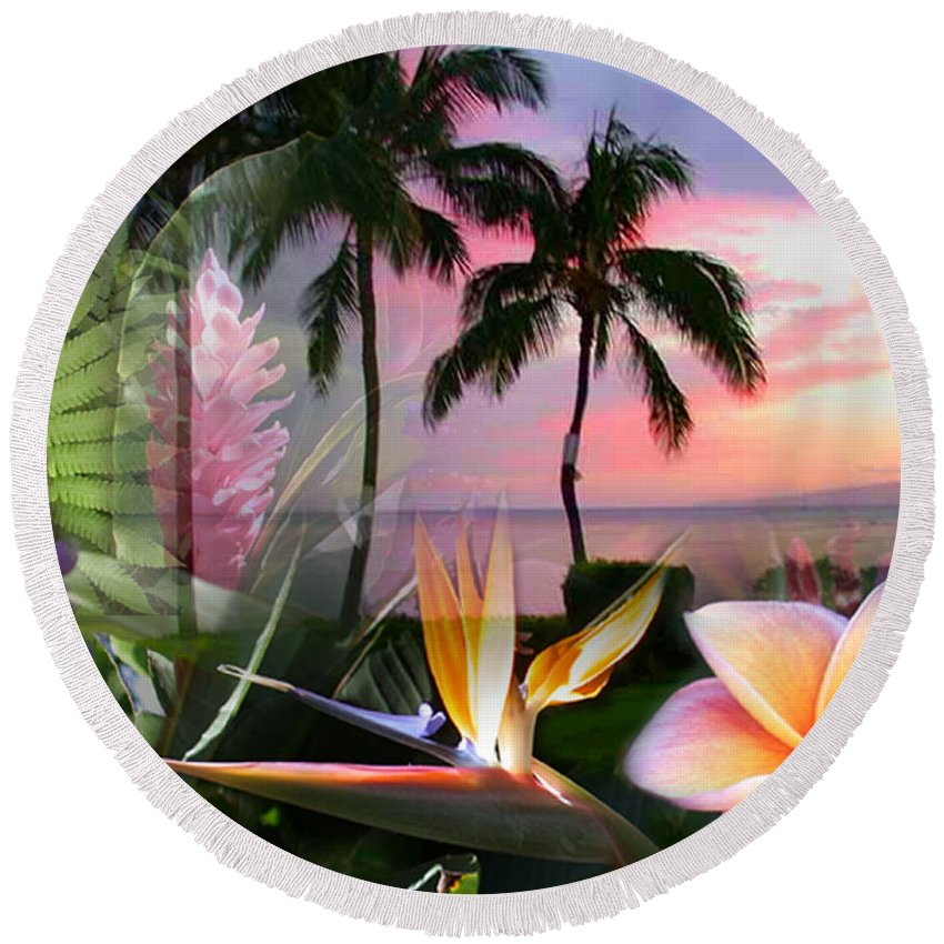 Bird Of Paradise Round Beach Towel featuring the photograph Natural Beauty by Angie Hamlin