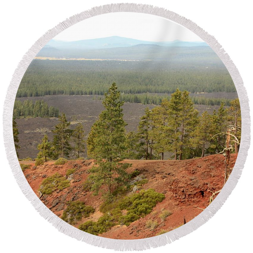 Oregon Round Beach Towel featuring the photograph Oregon Landscape - View From Lava Butte by Carol Groenen