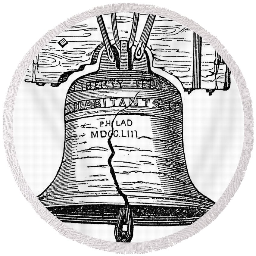 1776 Round Beach Towel featuring the photograph Philadelphia: Liberty Bell by Granger
