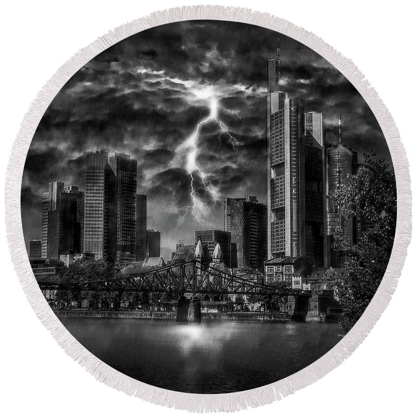 Frankfurt Round Beach Towel featuring the photograph Storm Over Frankfurt by Reinhold Silbermann