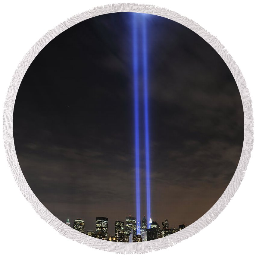 Tower Round Beach Towel featuring the photograph The Tribute In Light Memorial by Stocktrek Images