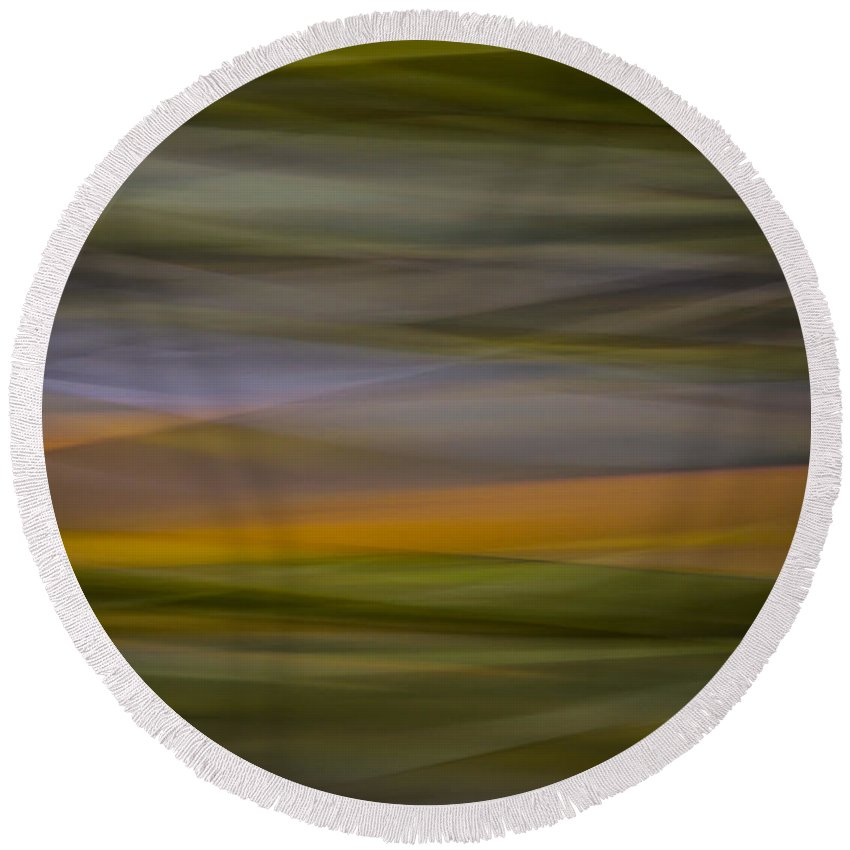 Blur Round Beach Towel featuring the photograph Blurscape by Dayne Reast
