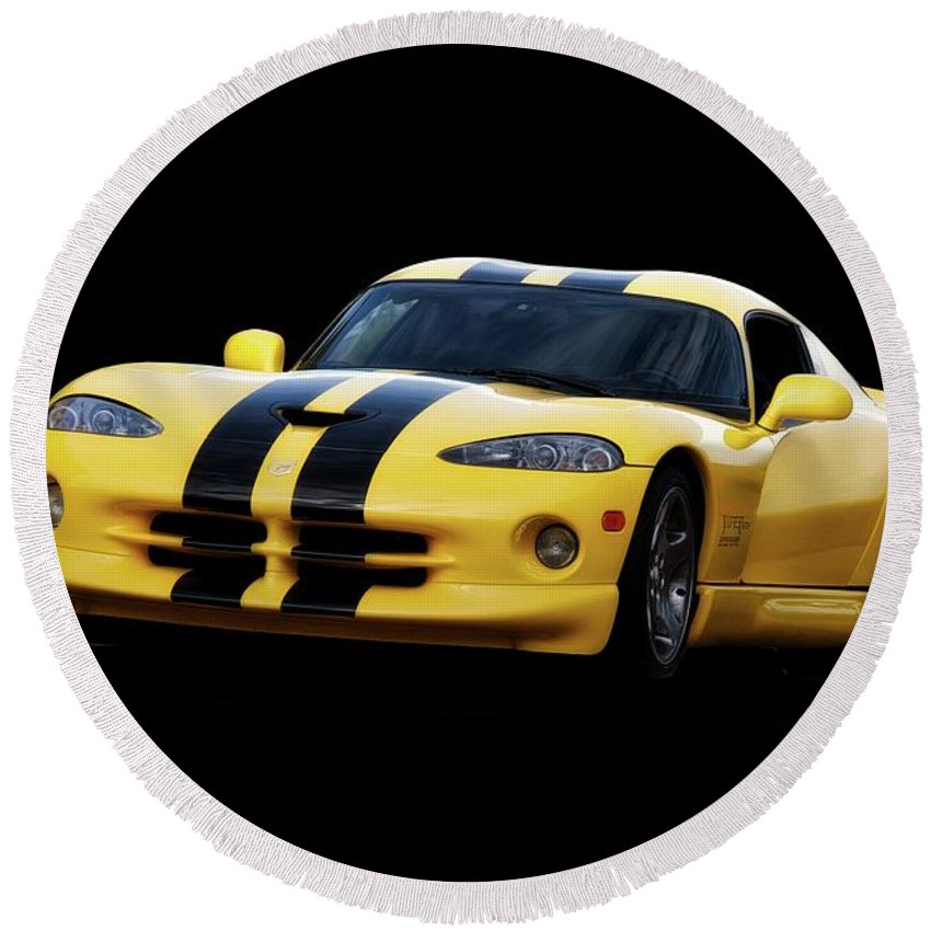 Auto Round Beach Towel featuring the photograph 2001 Dodge Viper 'methenol Injected' by Dave Koontz