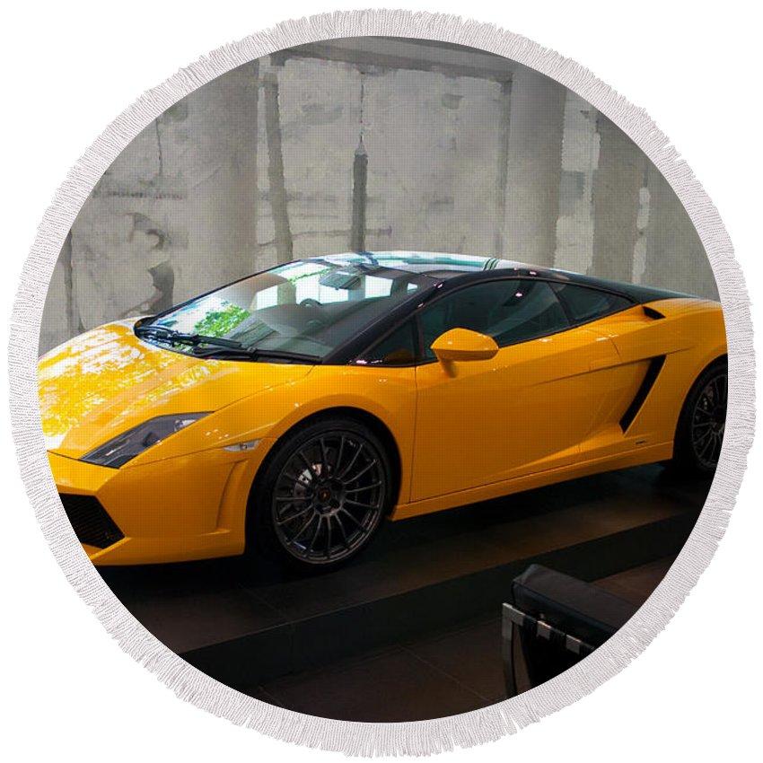 2011 Lamborghini Gallardo Lp560 4 Bicolore Round Beach Towel For
