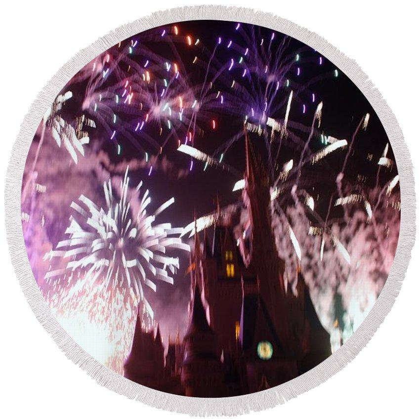 Walt Disney World Round Beach Towel featuring the photograph Cinderella Castle by Rob Hans