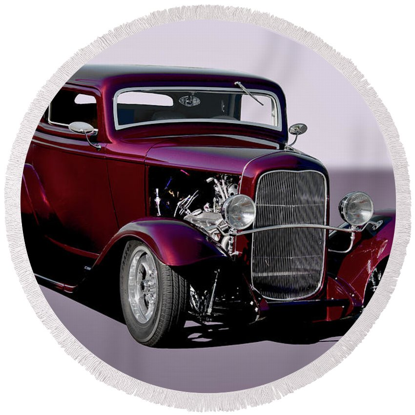 Auto Round Beach Towel featuring the photograph 1932 Ford 'three Window' Coupe  by Dave Koontz