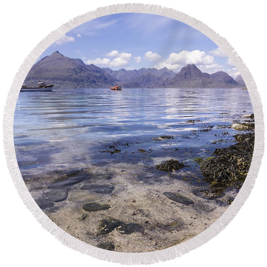 Black Cuillin Mountains Round Beach Towel featuring the photograph Cuillin Mountains From Elgol by Photimageon UK