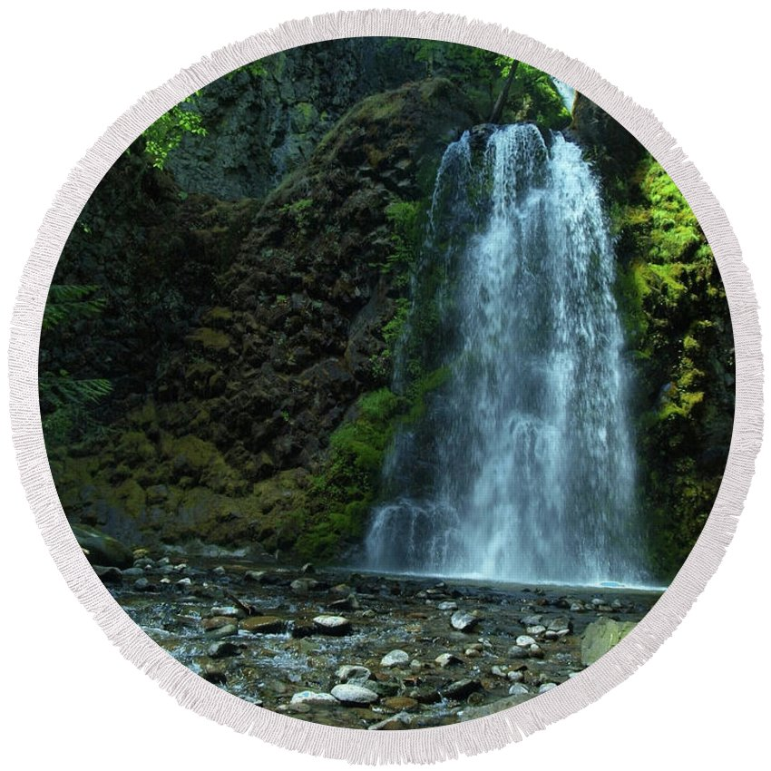 Waterfall Round Beach Towel featuring the photograph Fall Creek Falls by Teri Schuster