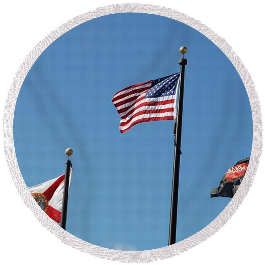 American Flag Round Beach Towel featuring the photograph 3 Flags by Rob Hans