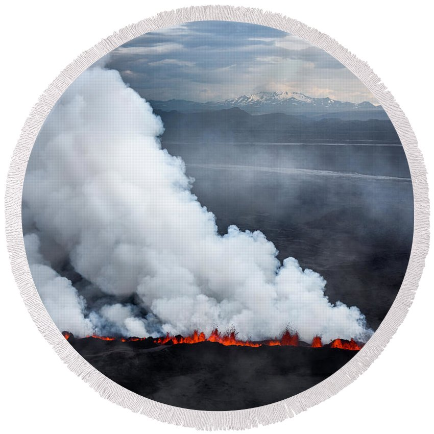 Photography Round Beach Towel featuring the photograph Lava And Plumes From The Holuhraun by Panoramic Images