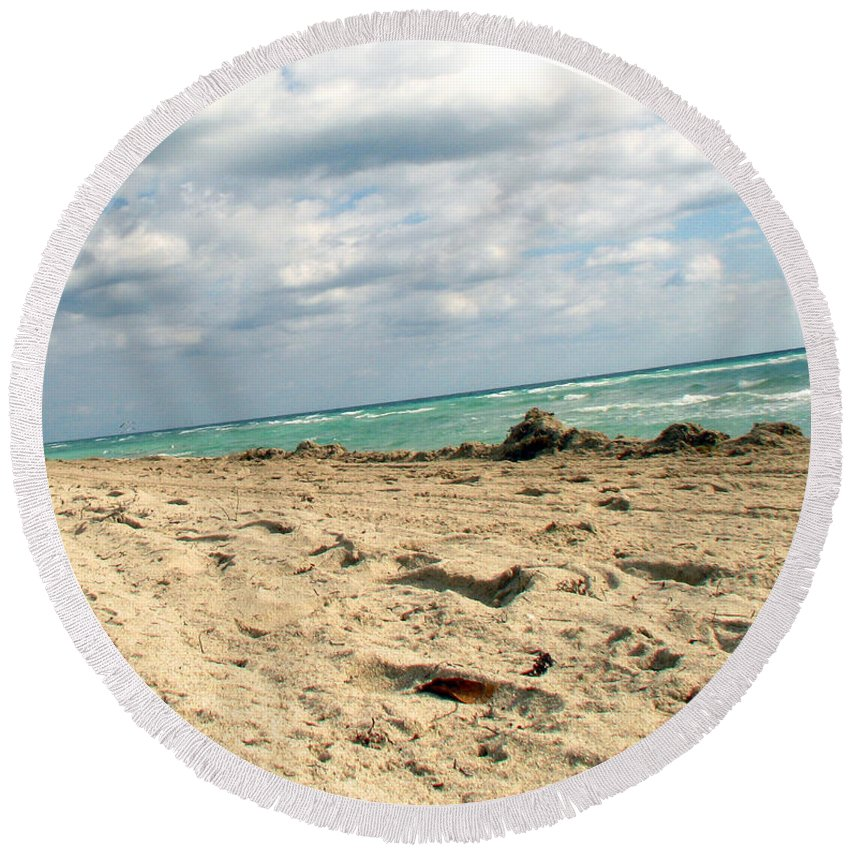 Miami Round Beach Towel featuring the photograph Miami Beach by Amanda Barcon