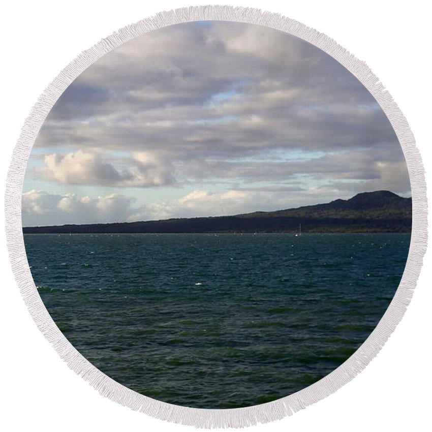 New Zealand Round Beach Towel featuring the photograph New Zealand - Vessel Departing Auckland by Jeffrey Shaw