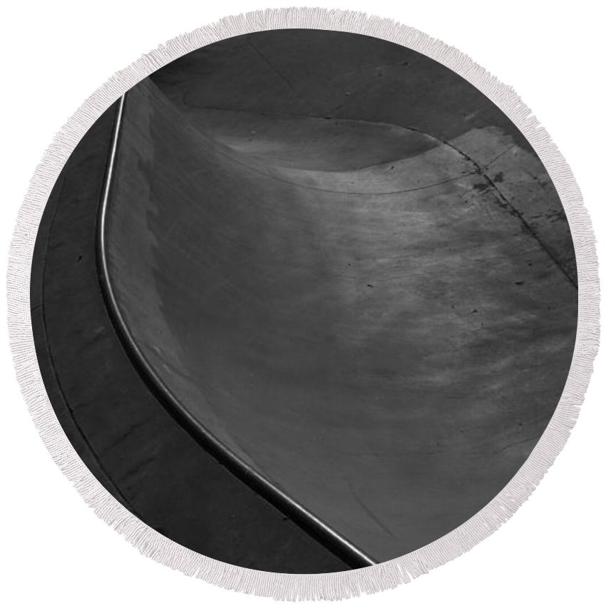Black And White Photography Round Beach Towel featuring the photograph Skatescape by Kirk Griffith