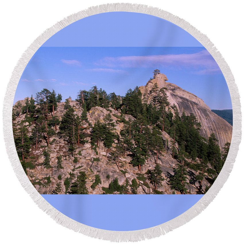Sequoia National Forest Ca. Round Beach Towel featuring the photograph The Needles Lookout by Soli Deo Gloria Wilderness And Wildlife Photography